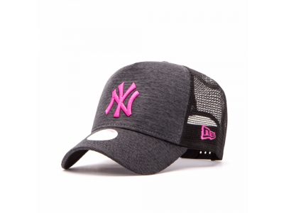 9FORTY A-FRAME TRUCKER MLB JERSEY ESSENTIAL NEW YORK YANKEES W